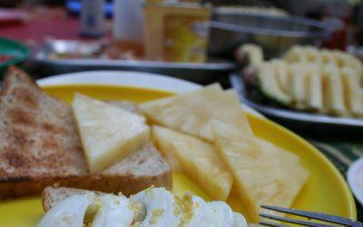 Broodbeleg met vers fruit